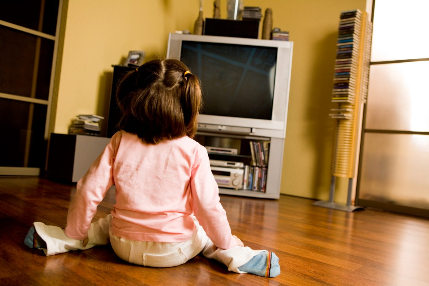 Is There Tv In Your Childs Room >> Should My Toddler Watch Television Essential Parent